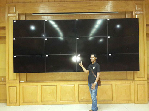 4x3-videowall bracket tv