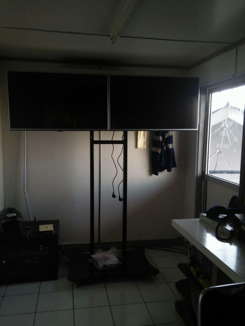 bracket dual TV 1